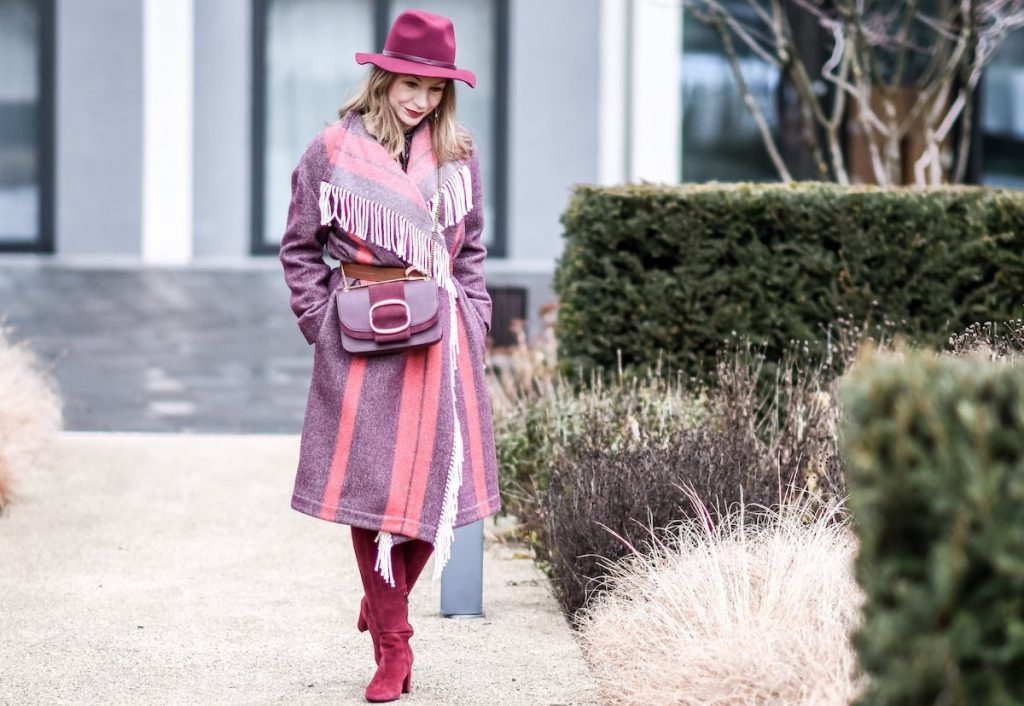 Ingrid Angehrn rotes Outfit